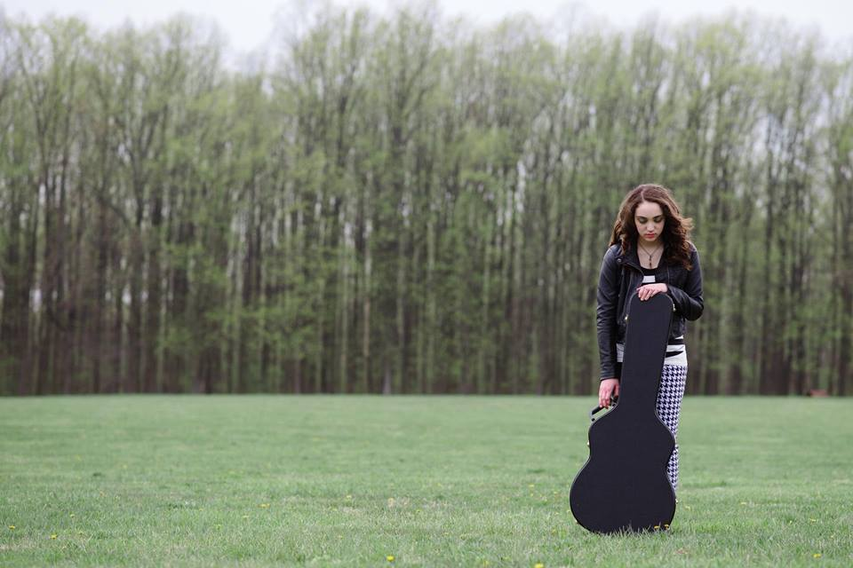 Interview With Amelia Scalies Inspirations Guitars And Anti