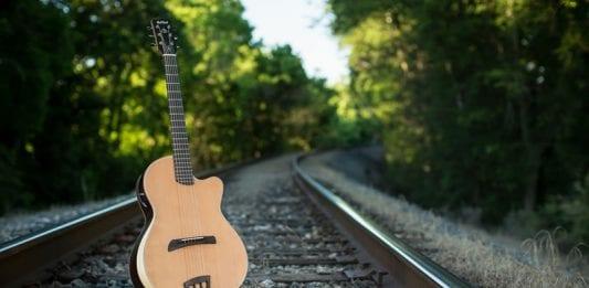 batson-guitars2017-3-800