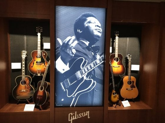 Gibson Display at GIG