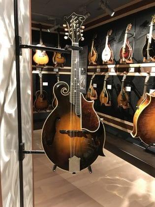 Gibson F-5 Mandolin