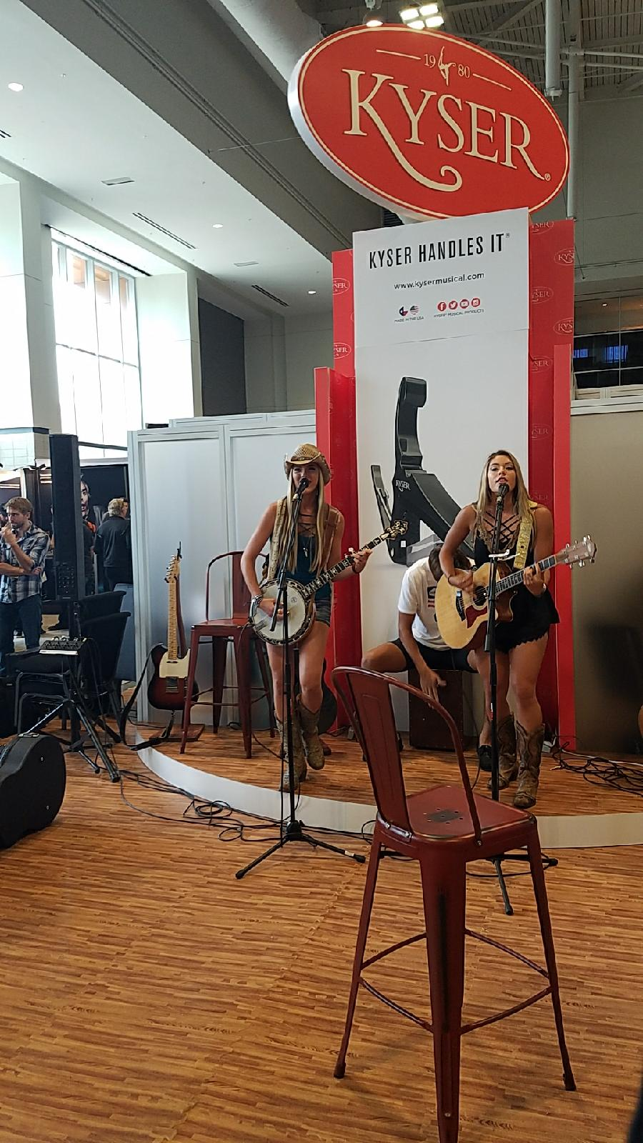 Diamond Dixie at Kyser Booth SNAMM2017