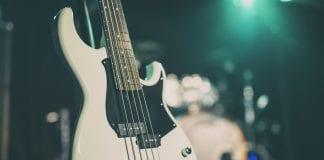 Yamaha BB bass in stand