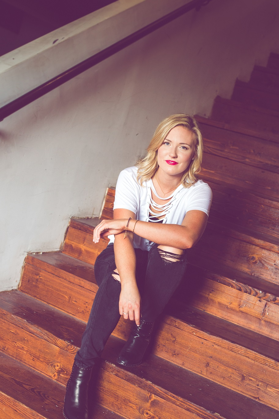 Country Singer Songwriter Hannah May Allison Releases New