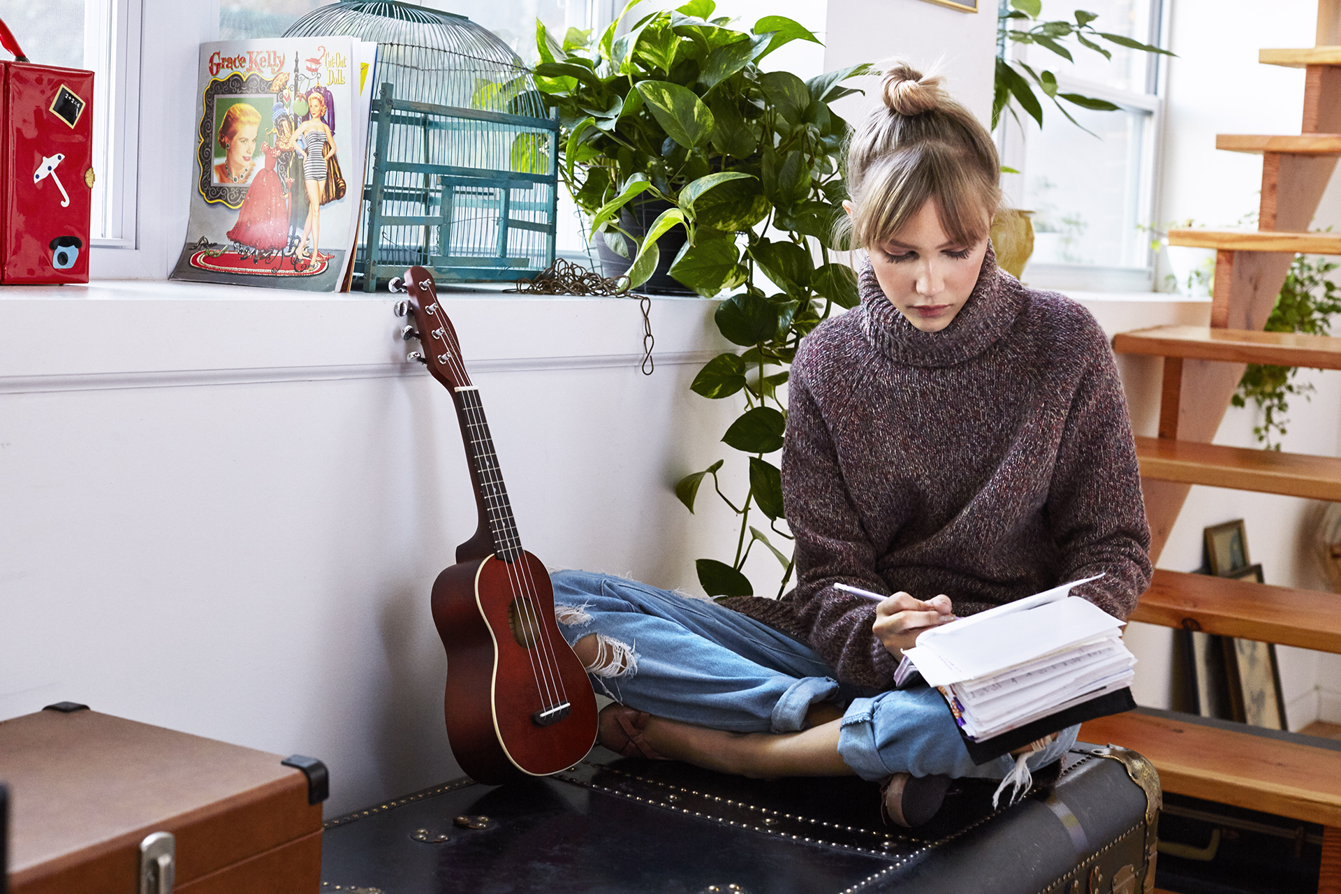 Fender Announces Grace Vanderwaal As The Youngest Signature Series Besides Bass Guitar String Names On Ukulele Diagram Venice Natural 3