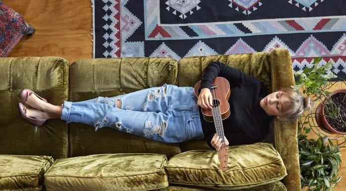 Grace VanderWaal, Fender Zuma
